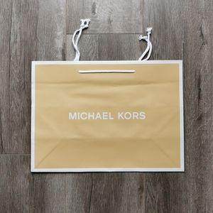 Michael Kors Med Paper Bag